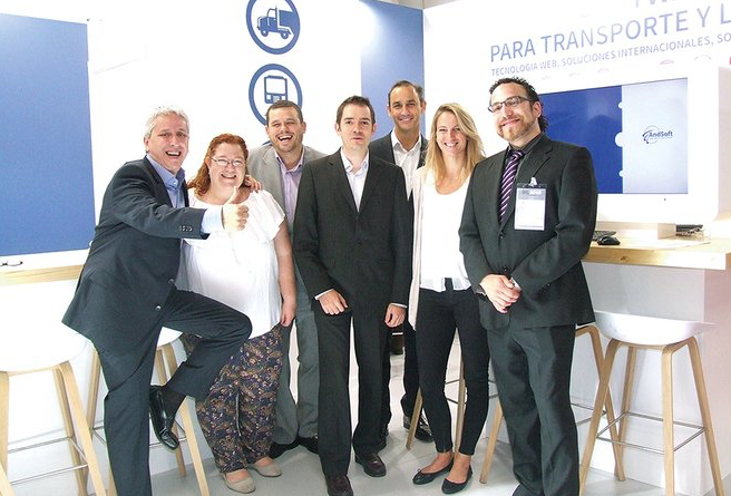 Equipo AndSoft en stand SIL 2016