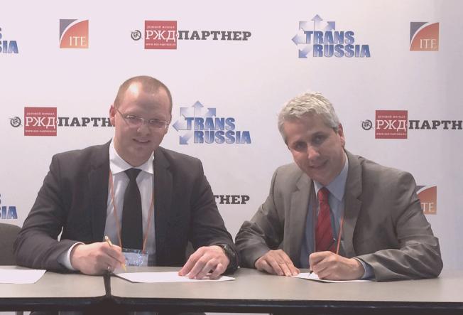 Víctor Vilas en Transrussia Firma Acuerdo SCM Software